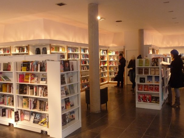 Travel Edits | The Dublin Edit: Literary Bookshops in Dublin