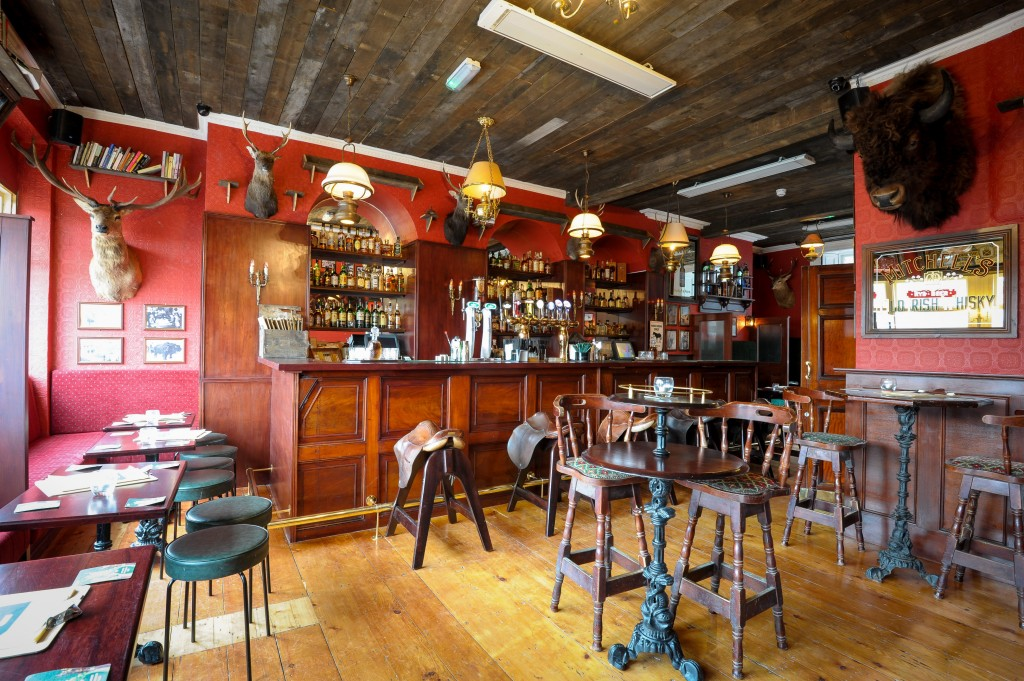 Travel Edits | Five Great Whiskey Bars in Dublin