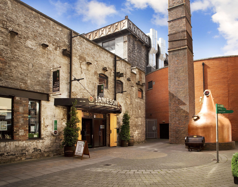 Travel Edits Five Great Whiskey Bars In Dublin