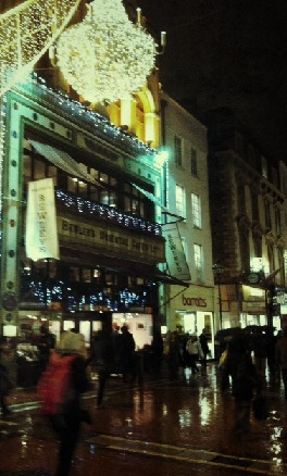 Travel Edits | Christmas Shopping in Dublin